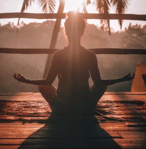 Meditation versus mindfulness